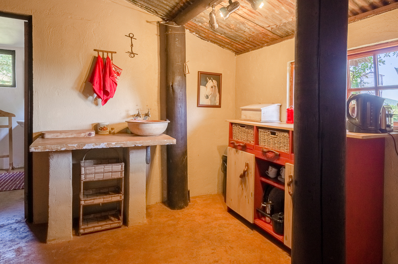 Stable House - Kitchen