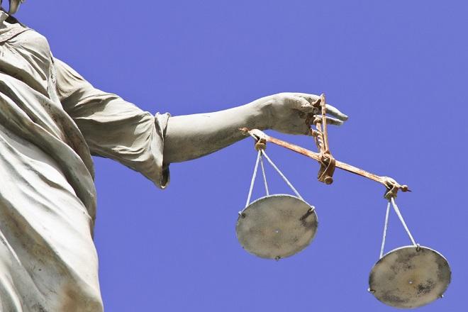 20131101-giustizia-bilancia-660x440