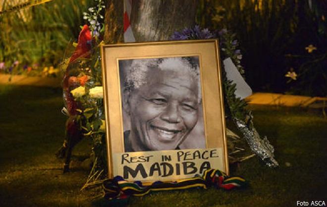 Nelson Mandela - Mvezo, 18 luglio 1918– Johannesburg, 5 dicembre 2013 (foto ASCA)