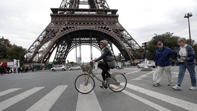 20140310-paris-by-bike