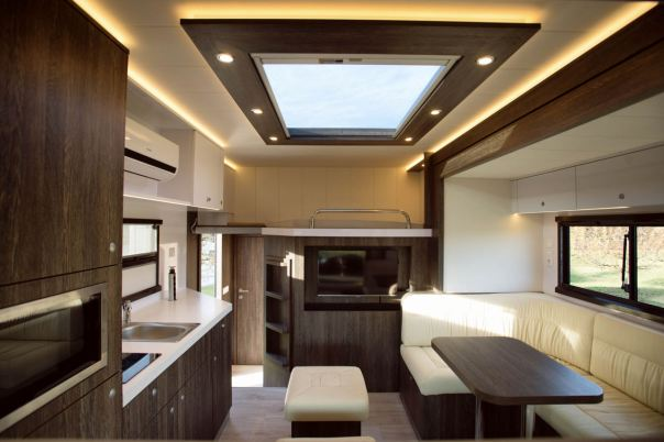 brown-actros-anikotowersphoto-screen-res-33