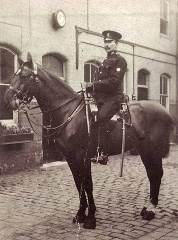 PC 1155 Sharpe - Church St Stables Dec 1914.