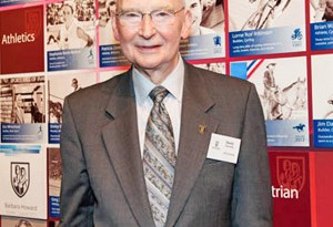 Canadian equestrian identity David Esworthy has been inducted into the British Columbia Sports Hall of Fame.