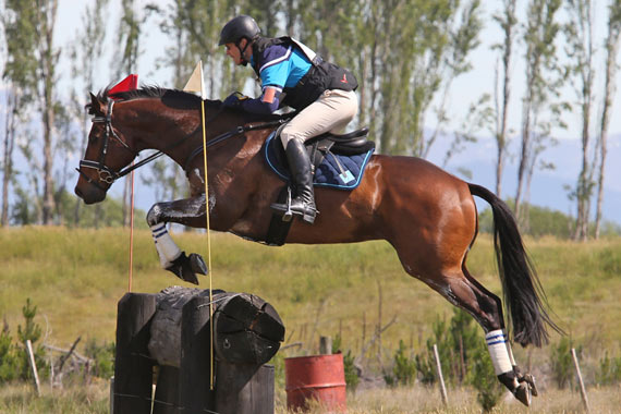 New Zealand's National One Day Event Championships winner Fraser King and Nadal KSNZ.