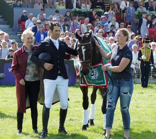 Frances Stead and Jock Paget with Clifton Promise after he was unsaddled at Badminton for the final time.