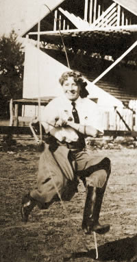 Two-Gun Nan was an accomplished trick roper.