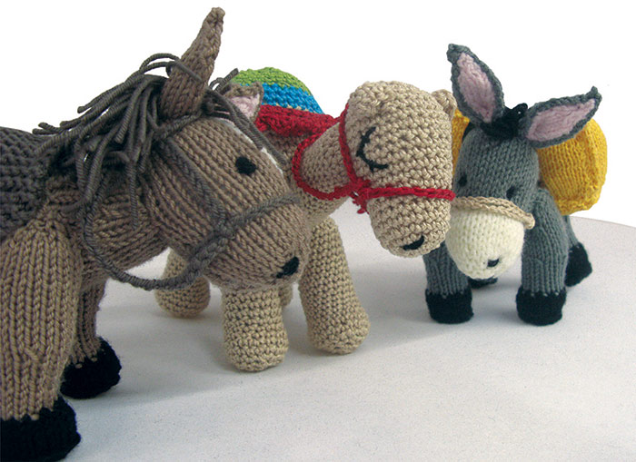 """Big Knit for Vet Kit"" fundraising campaign"