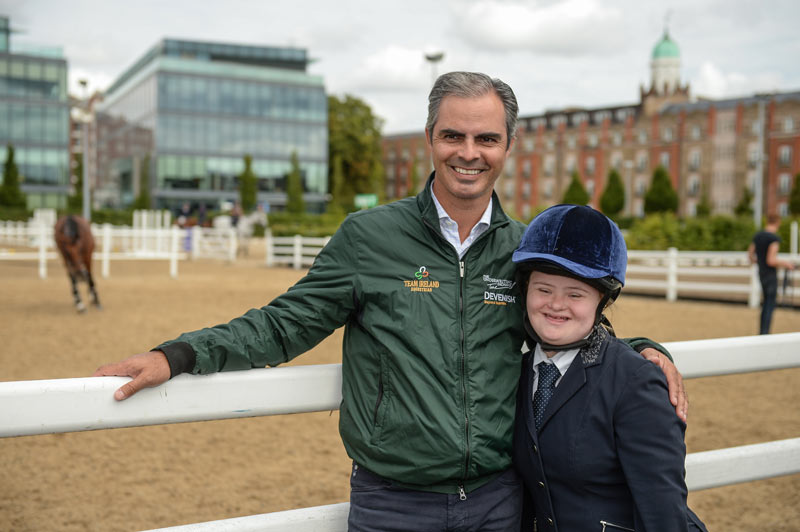 IrishChef d'Equipe Rodrigo Pessoa meets Gemma Haire, 17, from Inistioge, Co Kilkenny.