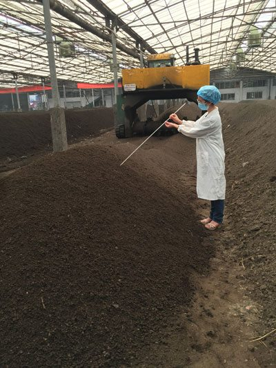 Sampling manure compost for antibiotic resistance gene measurement
