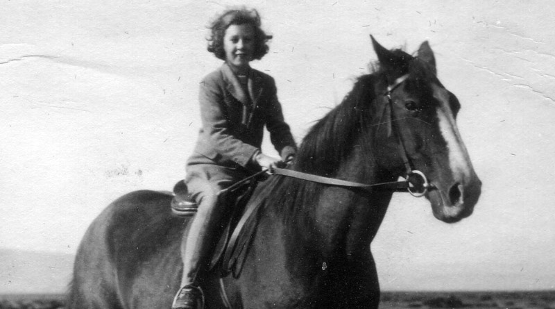 Lady Jean on Don Roberto's Criollo horse, Chaja.