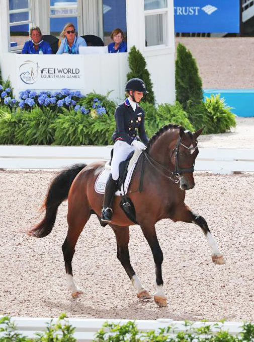 Silver medalist Laura Graves (USA) and Verdades.