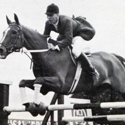"Peter Robeson, ""The Godfather of British showjumping"", has died at the age of 89."