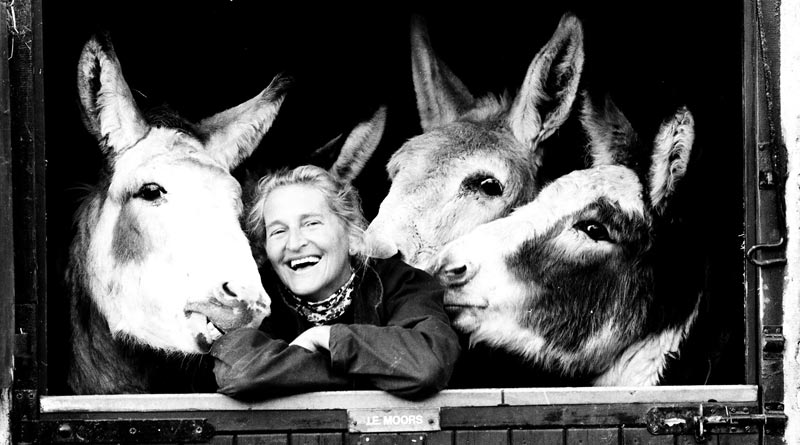 Dr Elisabeth Svendsen and three members of The Donkey Sanctuary family in 1986.