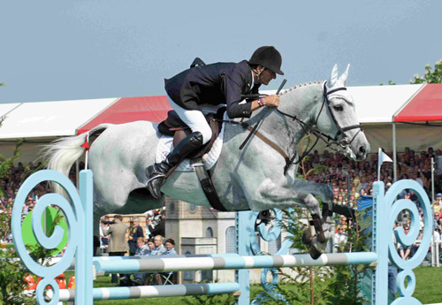 Mark Todd and Land Vision winning the Badminton Horse Trials in 2011.