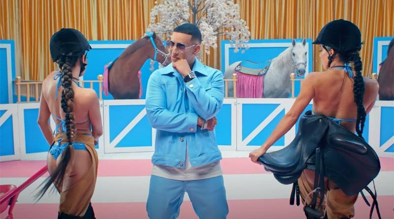 Daddy Yankee's latest hit El Pony features four dressage horses.
