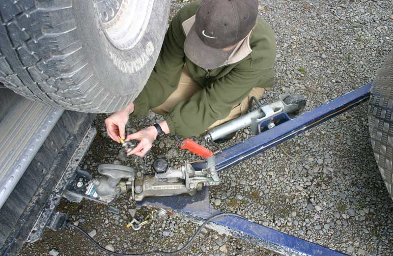 Check and double-check when you hook up your horse trailer.