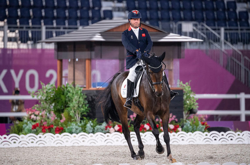 Grade 2 Freestyle winner Lee Pearson (GBR) and Breezer at Tokyo 2020.