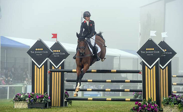 Ros Canter and Izilot showjumped clear to retain their lead in the CCI4*-S.