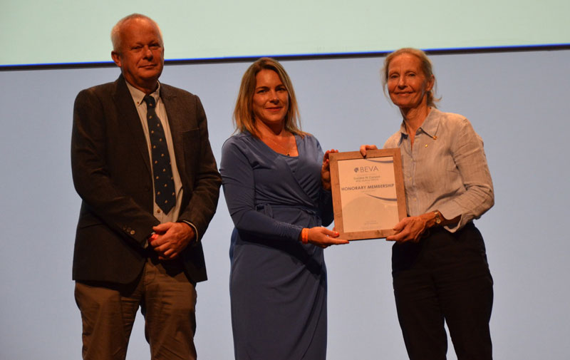 """Tim Mair and Lucy Grieve present Deirdre Carson with BEVA Honorary Membership. Carson is described as """"an inspiring ambassador for the equine veterinary sector""""."""