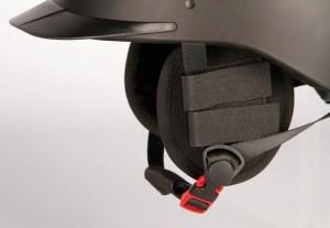 zijkant oorwarmers aan je cap voor warme oren