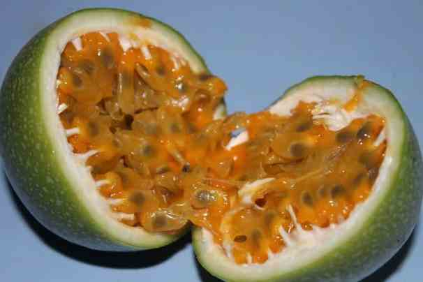 growing passion fruit - ripe fruit