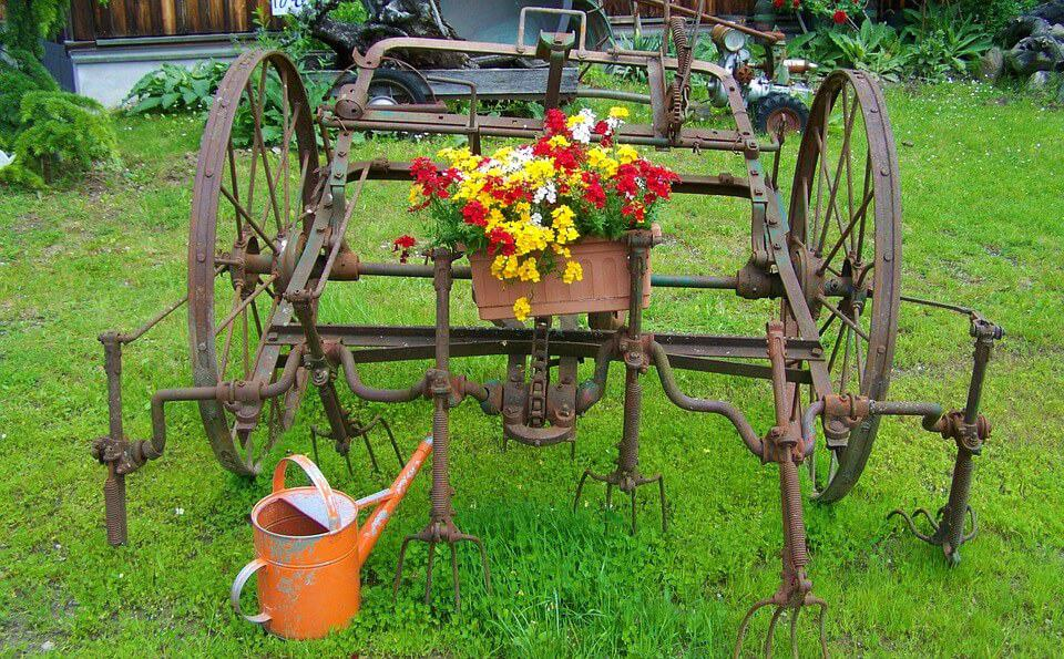 Recommended gardening resources and tools by Hort Zone