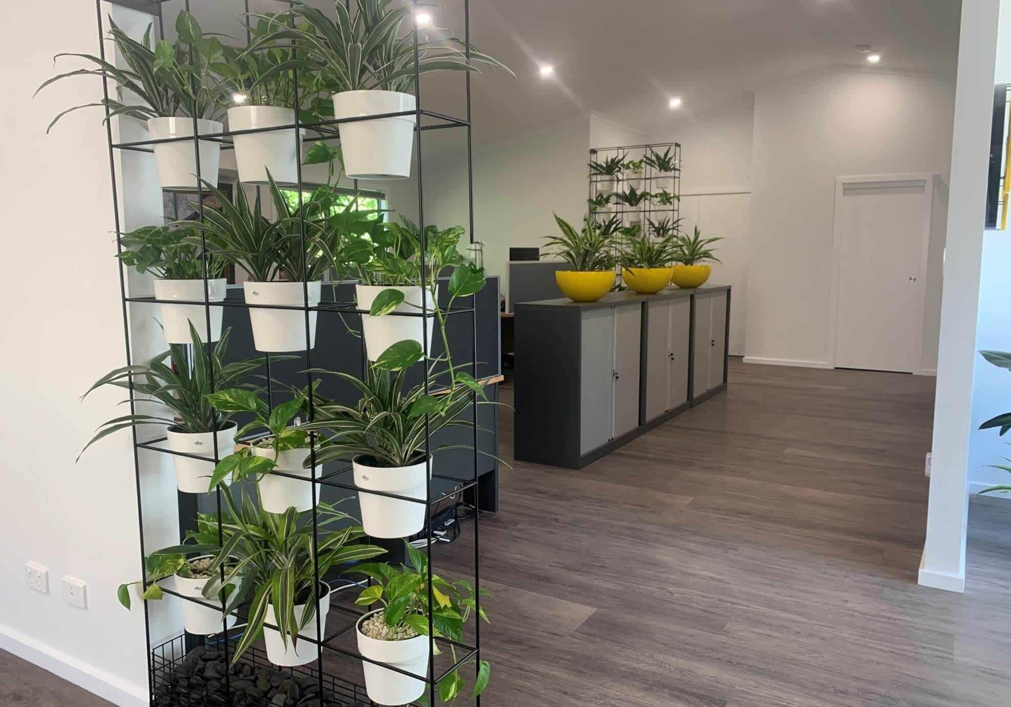 5 Best Freestanding Vertical Garden Planters