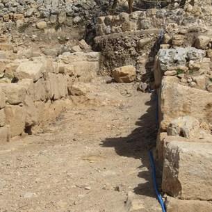 בניה מחוץ לחומה הכנענית של שילה