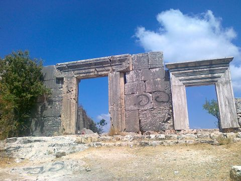 בית הכנסת העתיק במירון