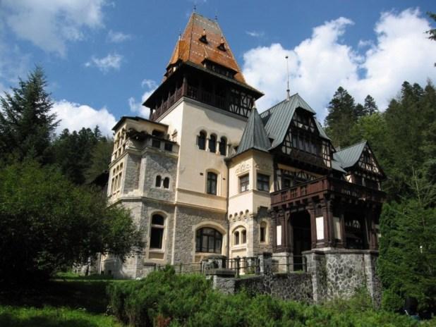 castelul-pelisor