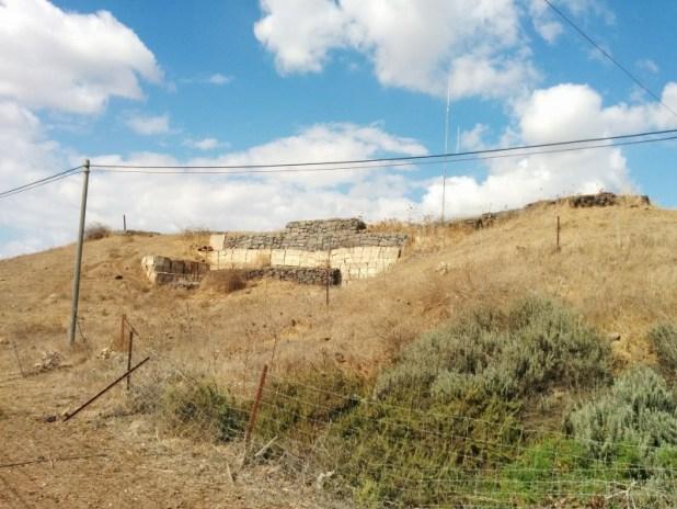 טיילת ישובי דרום הגולן - אחד מארבעת המוצבים סביב נוב