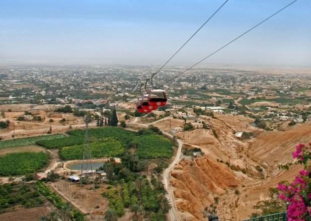 Jericho from Monastery of the Temptation (Deir El-Quarantal) צילום:Tamar Hayardeni (Tamarah)