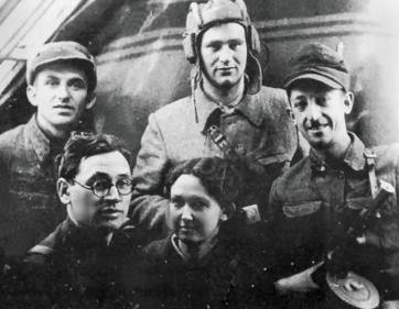 A Jewish partisan group of the brigade named after Valery Chkalov.[30] Belorussia, 1943