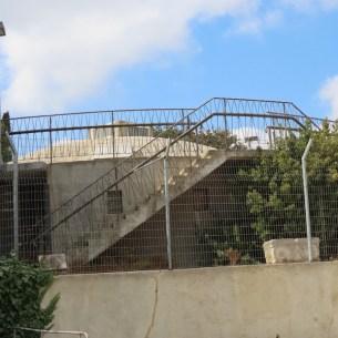 גן ארכיאולוגי רמת רחל - מצפה מגדל המים. במתחם הארמון הוקם ב-1952 מגדל מים ששימש גם תצפית נוף על ירושלים ובית לחם. בשנת 1956 הותקף מגדל המים בידי חיל ירדני. בהתקפה זו נהרגו ארבעה אנשים ונפצעו עוד 17.
