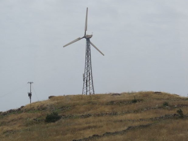 תחנת הרוח הבודדת באלוני הבשן