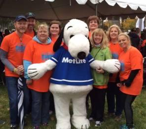 MetLife w-Snoopy at Walk