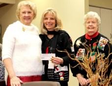 Epsilon Lambda Sorority Presents Check to Hospice of Dayton Foundation
