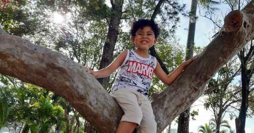 Conheça a história de João Guilherme, um menino feliz que tem progredido muito após cirurgia para a insuficiência renal