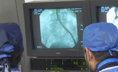 Exitosa colocación de una Endoprótesis de Aorta Abdominal en el HSJQro
