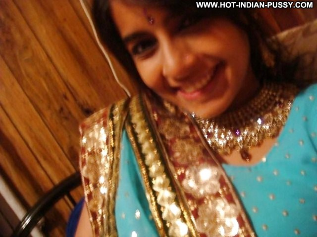 Carolina Private Pics Babe Indian Asian Busty Tits Amateur Desi Cute
