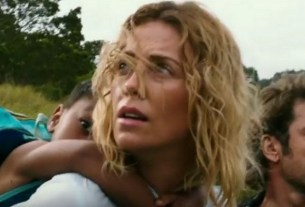 'Last Face' Trailer: Charlize Theron and Javier Bardem Find Love in Warzone