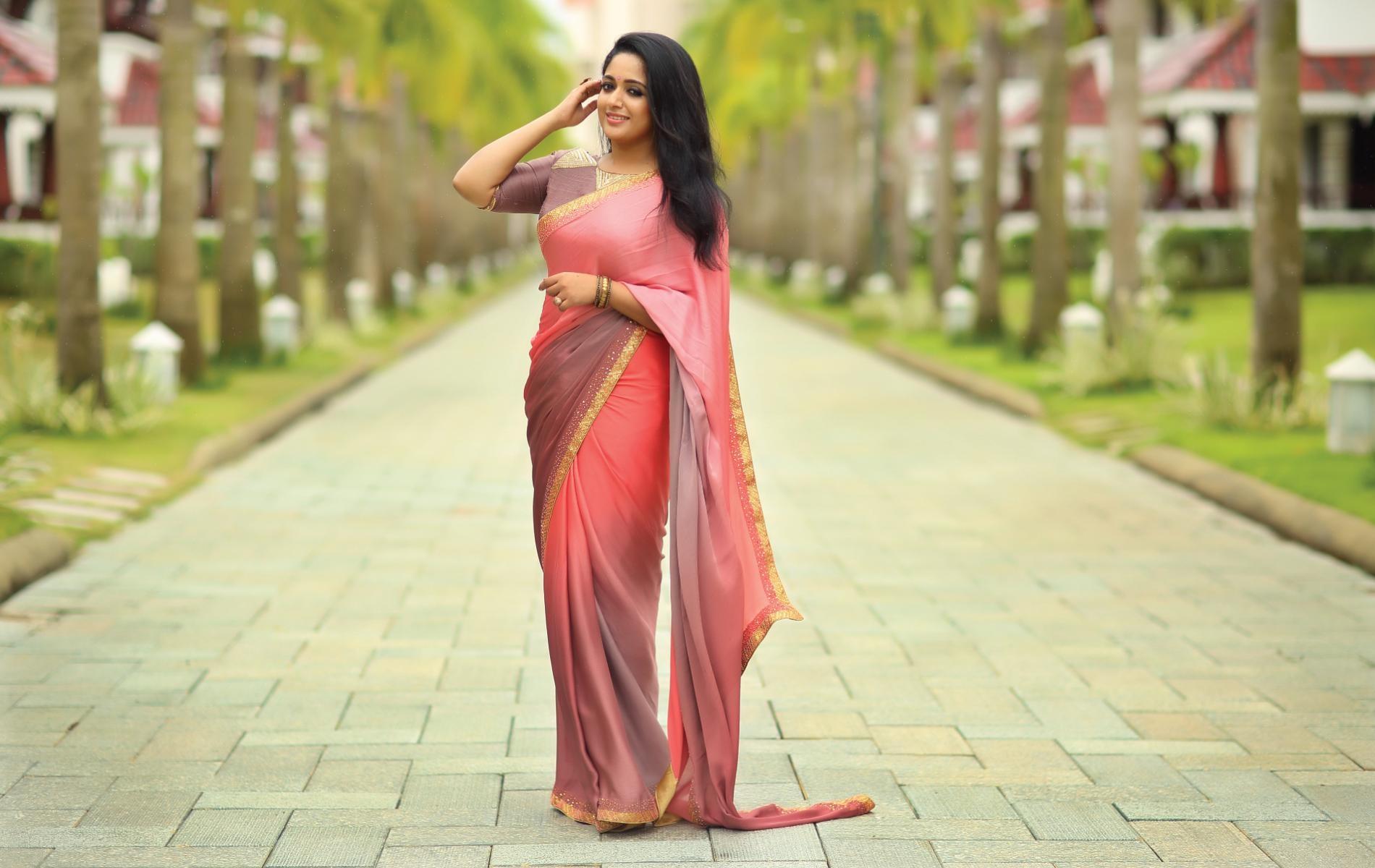 Malayalam actress kaviya mathavan mulai puntai photos photo are not