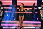 Ariana Grande (15)