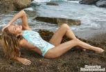 Chrissy Teigen (19)