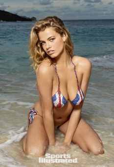 Hailey Clauson (14)