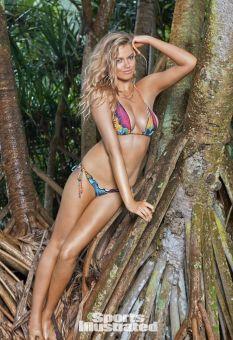 Hailey Clauson (36)