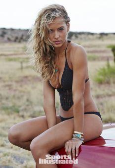 Hannah Ferguson (30)
