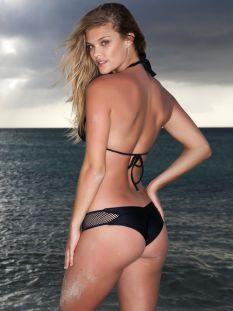 Nina Agdal (31)