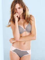 Josephine Skriver (32)