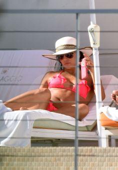 Eva Longoria (28)